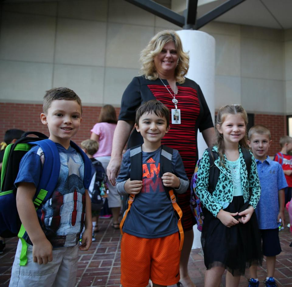 Prairie Vista kindergartners on the First Day of School 2016